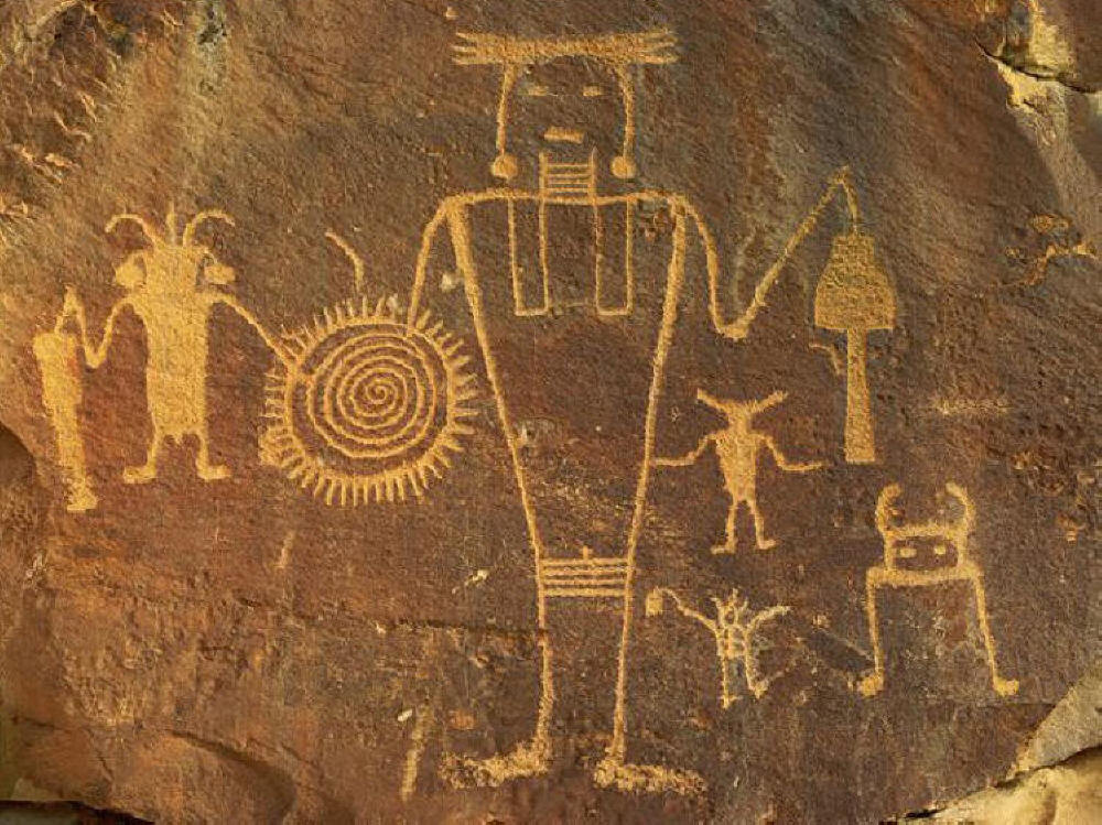 http://rabbithole2.com/presentation/images2/petroglyphs/petro04.jpg